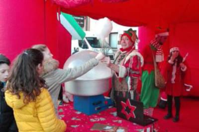 Elfo distributore zucchero filato
